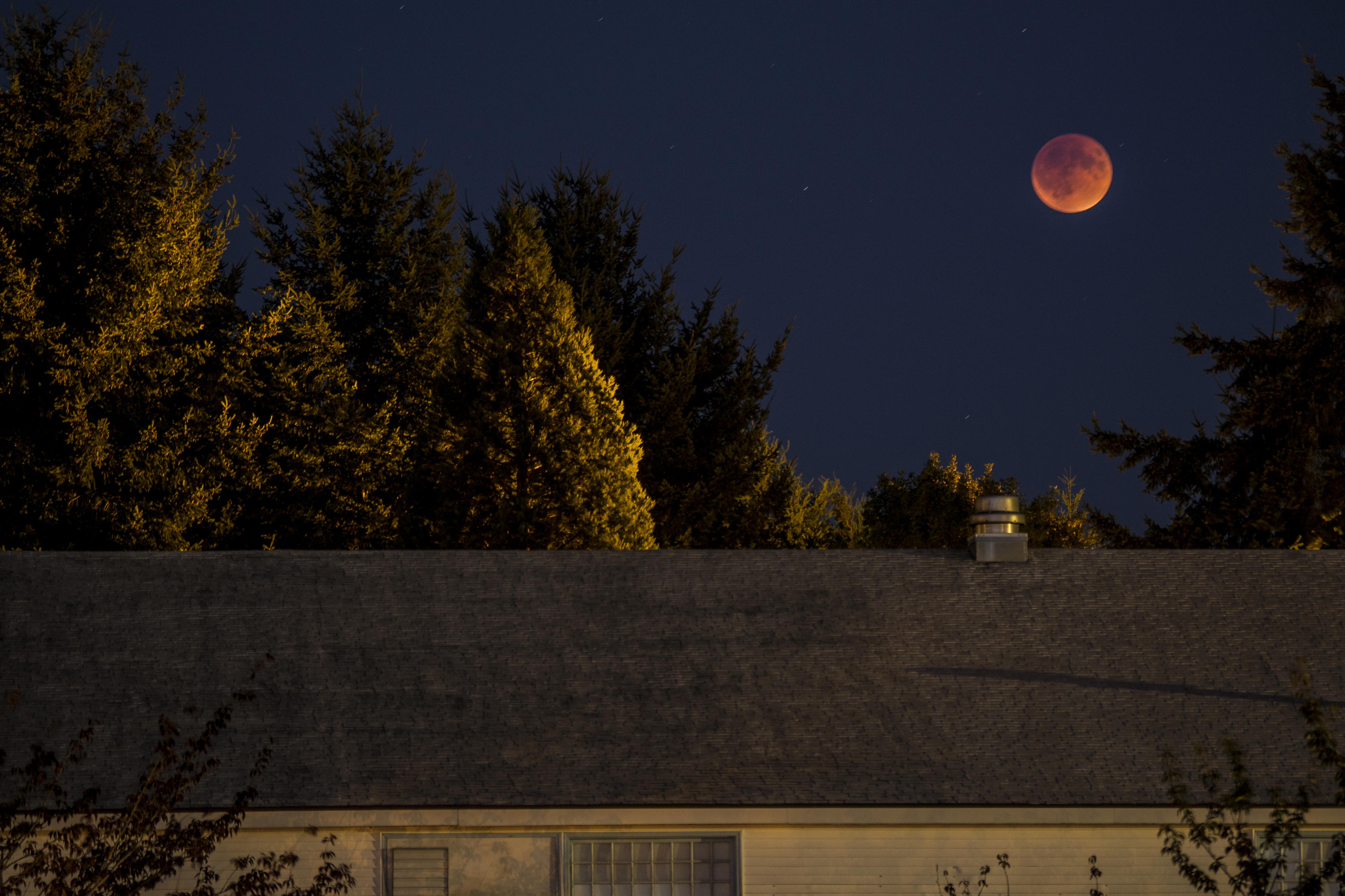 Blood Moon over RSE, September 27, 2015. Photo Credit: Kirk Diaz